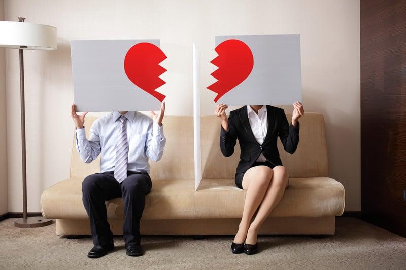 my boyfriend is going through a divorce